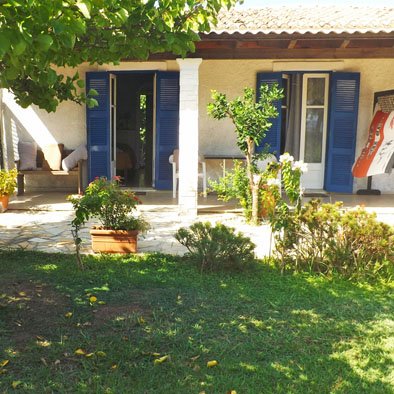 Family apartment for 4 on Psaras Bay, Corfu